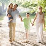 Прогулки с семьей